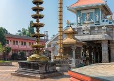Индийский индусский висок в Ponda, GOA, Индии стоковая фотография rf