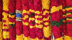 Индийский красочный цветок на уличном рынке в Сингапуре стоковая фотография rf