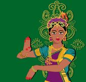 Индийский портрет девушки рука с лотосом Mehndi Puranas sanskrit сари Зеленая предпосылка Стоковая Фотография RF