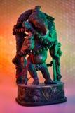 Индусский бог - лорд Ganesha с розарием rudraksha в красочном lig стоковые изображения rf
