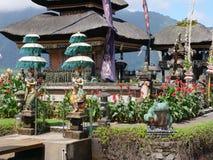 Индусский висок на острове Бали bratan ulun pura danu Стоковое фото RF