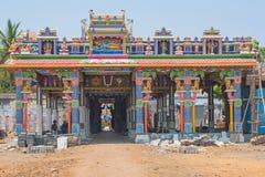 Индусский висок под конструкцией в Tamil Nadu стоковые изображения rf