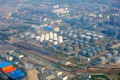 Индустриальная зона нефти Стоковая Фотография