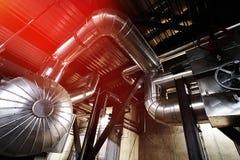 Индустриальная зона, стальные трубопроводы и насосы Стоковое фото RF