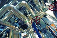 Индустриальная зона, стальные трубопроводы и насосы Стоковое Изображение RF
