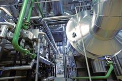 Индустриальная зона, стальные трубопроводы и насосы Стоковая Фотография RF