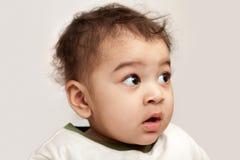 инец ребёнка любознательний Стоковое Изображение RF