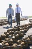 инженеры грузя 2 гуляя Стоковое Фото