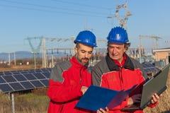 Инженеры на работе стоковое фото rf
