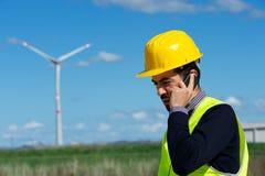 Инженер в генераторе энергии ветротурбины Стоковое Изображение RF