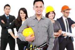 Инженер и бизнесмены стоковые изображения rf