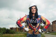 Инженер по строительству и монтажу на строительной площадке Стоковое Фото