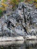 линия утесистый берег стоковое фото rf