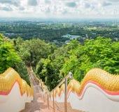 длинный путь лестниц Стоковые Фото
