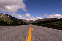 длинный путь прямо стоковая фотография rf