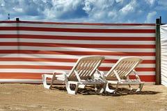 2 длинных стуль на бельгийском побережье Стоковое фото RF