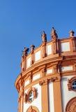 Иносказания стоя на крыше Стоковое Изображение RF