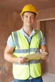 Инспектор по строительству смотря новое свойство стоковые изображения