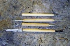Инструменты для качественной чистки находок в археологии Стоковые Фотографии RF