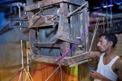 Инструменты для конструирования сари Jamdani feting работник Стоковое Изображение