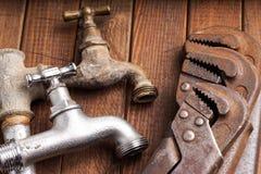 Инструменты деятельности, трубопровод, трубы и faucets стоковые фото