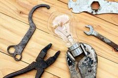 Инструменты и идея стоковые фото