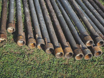 Инструменты и оборудование для сверлить артезианские колодцы стоковое фото