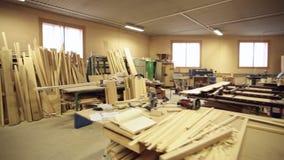 Инструменты мастерской плотника сток-видео
