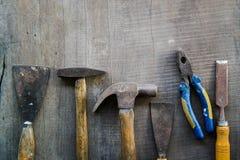 Инструменты на деревянном поле Стоковые Изображения RF