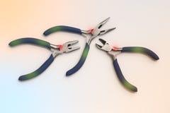инструменты плоскогубцев электроники Стоковые Фотографии RF