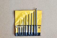 Инструменты пунша вращающей оси установленные для извлекают штырь или защелку любого механика Стоковые Фотографии RF