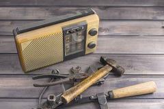 Инструменты старого радиоприемника старые Стоковое Изображение RF