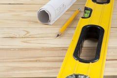Инструменты, чертеж и карандаш конструкции на деревянной предпосылке Скопируйте космос для tex Стоковое Фото