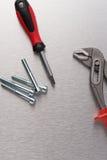 Инструмент и винты гаечного ключа Стоковые Изображения RF
