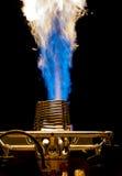 Интенсивное голубое пламя стоковые изображения rf