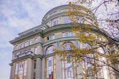 Интересная архитектура здания в Европе, в Украине стоковое изображение