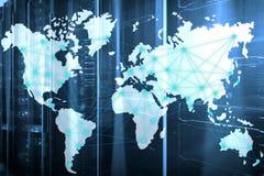 Интернет и концепция радиосвязи с картой мира на предпосылке комнаты сервера стоковая фотография rf