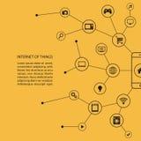 Интернет концепции вещей с умным телефоном и черными значками Стоковое Фото