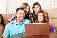 интернет родного дома просматривать стоковая фотография rf