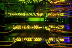 Интерфейс оптически соединителя волокна Компьютерная сеть информационной технологии стоковое изображение rf