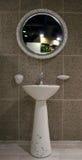 интерьеры ванной комнаты домашние Стоковое Фото