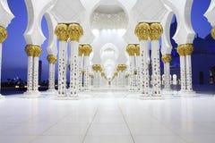 Интерьеры шейха Zayed Мечети, Abu Dhabi Стоковые Фотографии RF