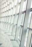 Интерьер авиапорта большое окно Стоковое Изображение RF
