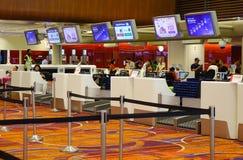 Интерьер авиапорта Changi в Сингапуре Стоковые Фотографии RF