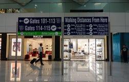 Интерьер авиапорта NAIA в Маниле, Филиппинах Стоковое Изображение RF