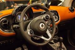 Интерьер автомобиля нового Mersedes умного Fortwo Стоковые Изображения