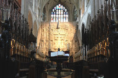 Интерьер английского средневекового собора Стоковое Изображение RF