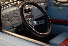 интерьер античного автомобиля Стоковые Фото