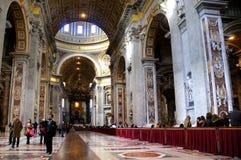 Интерьер базилики St Peters в Риме Стоковая Фотография RF