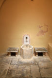 Интерьер бани тахты турецкий на острове Kos в Греции Стоковые Изображения